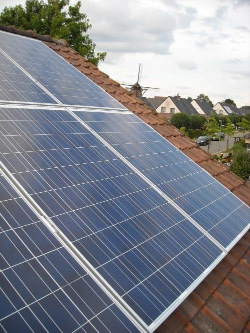 panouri fotovoltaice zona rezidentiala
